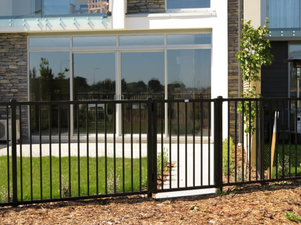 DuraPanel Polo Aluminium Gates