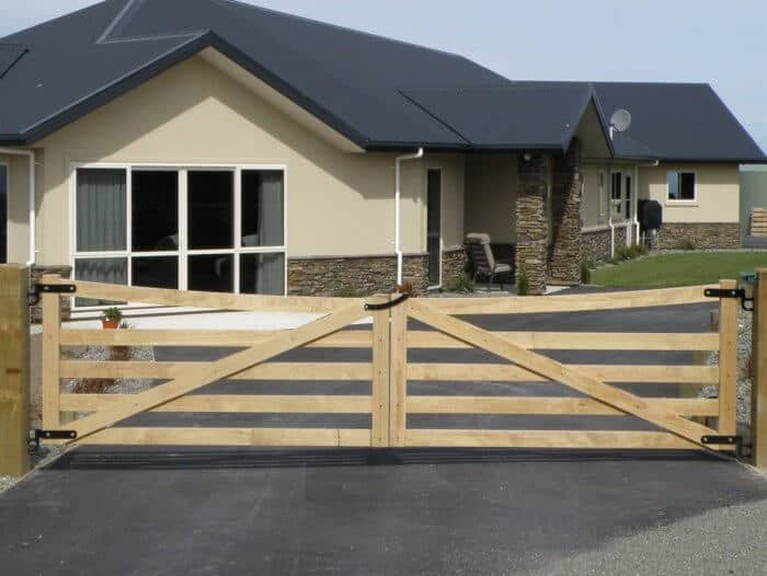 Lifestyle Timber Gates from Boundaryline